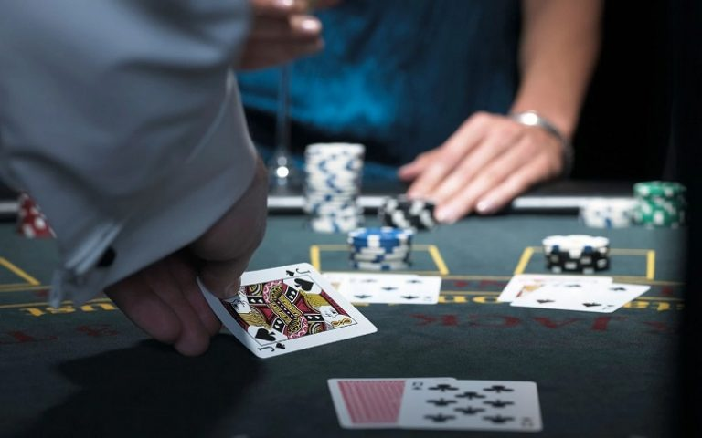10 Blackjack Tips You Cannot Win Without